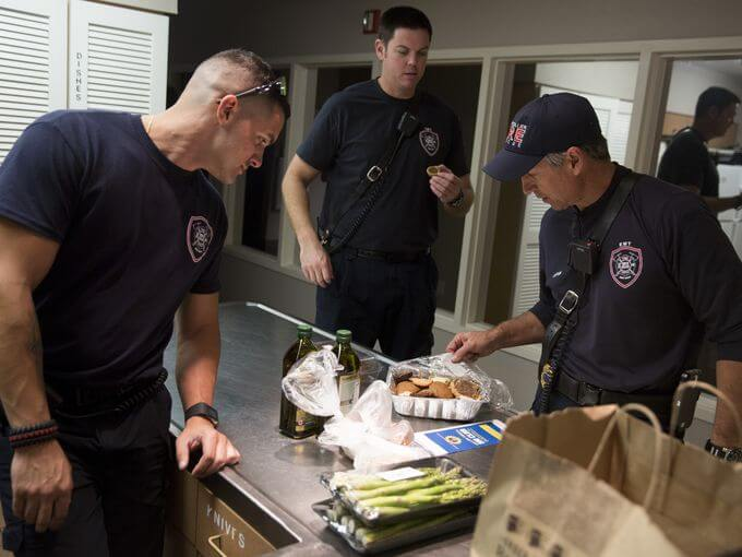 Sweet Thanks Given to Local Heroes